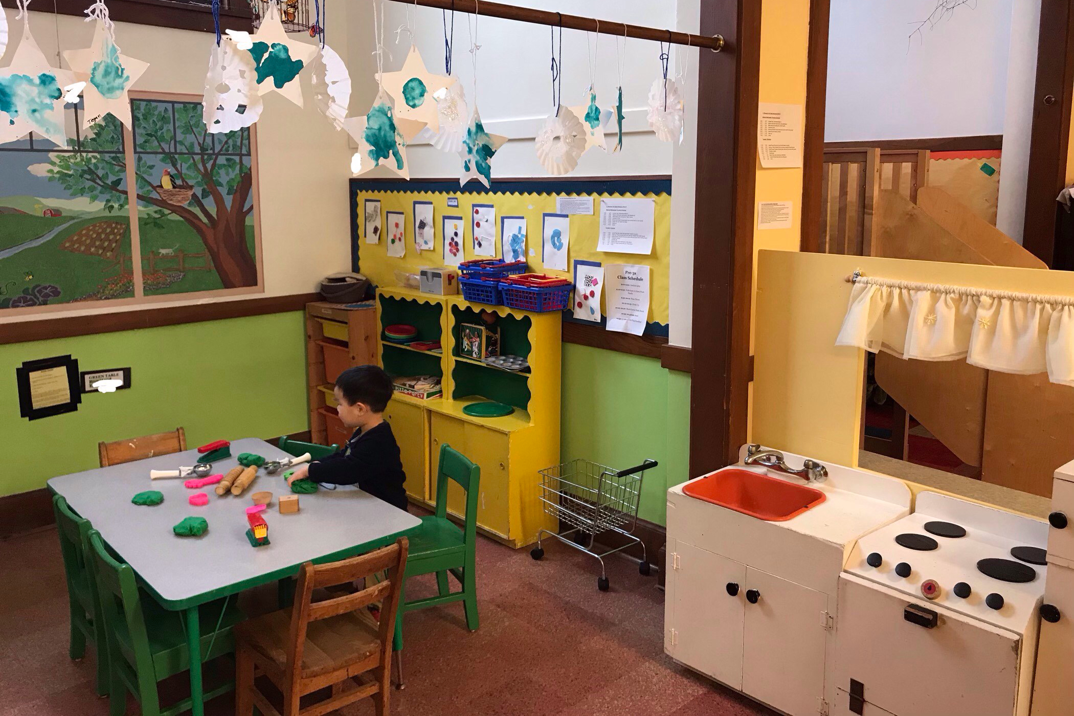 University-Ravenna Cooperative Preschool : Playdough in the Home Center
